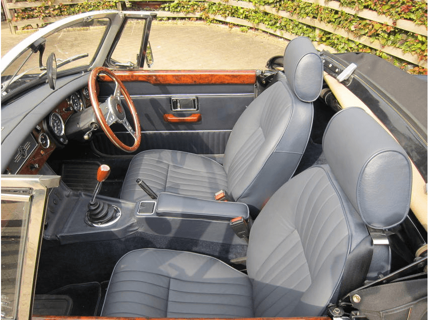 The MGB cockpit fully re-finished in blue leather.