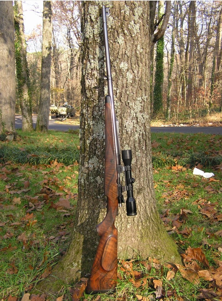 Holland and Holland bolt action magazine rifle in 375 Holland and Holland Magnum. (Picture courtesy of www.drake.net)