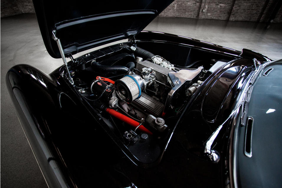 Engine for the 1957 Corvette was the 4.6 Liter V8, as used in the 1960 Le Mans cars.