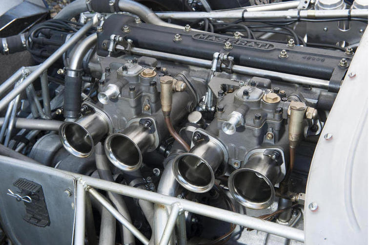 The 2890cc four cylinder inclined in-line engine snugly fitted into the network of fine tubing of the frame. The welds that need to ensure the structural integrity of the frame are clearly visible in this picture.