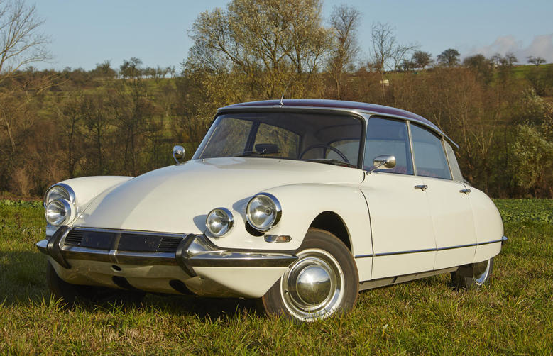 1965 ID19 berline coming up for auction by Bonhams; practical, rugged, and gorgeous.