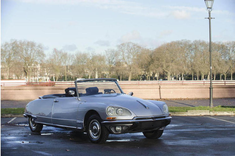 1968 DS 21 décapotable with kangaroo avoiding steering controlled headlights coming up for auction by Bonhams.