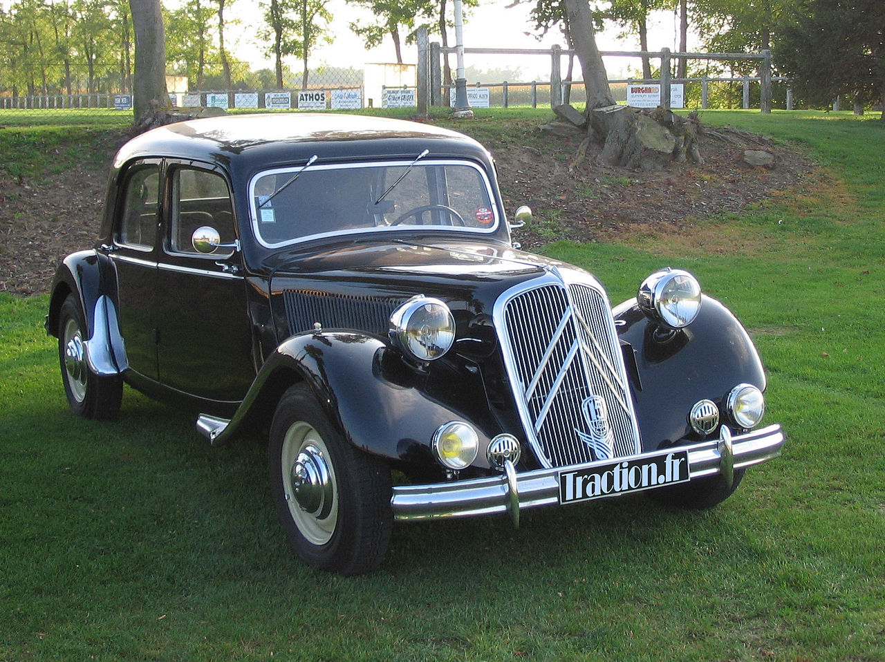 The predecessor of the DS series was the Traction Avant. A beautiful design, but not space age.