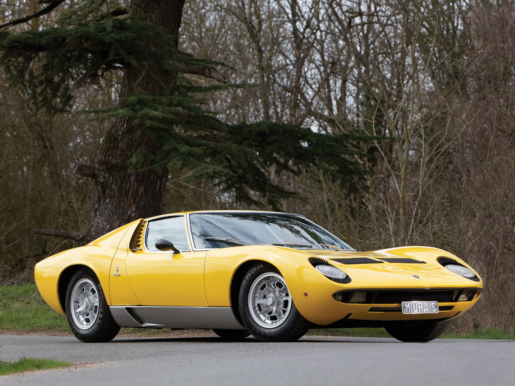 The Lamborghini Muira P400S being offered for sale by RM Auctions in late May.