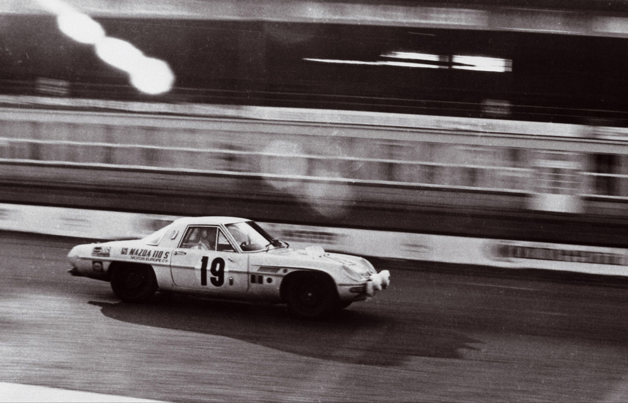 Mazda Cosmo Sports 110S competing in the 1968 Marathon de la Route. (Picture courtesy of japanesenostalgiccar.com)