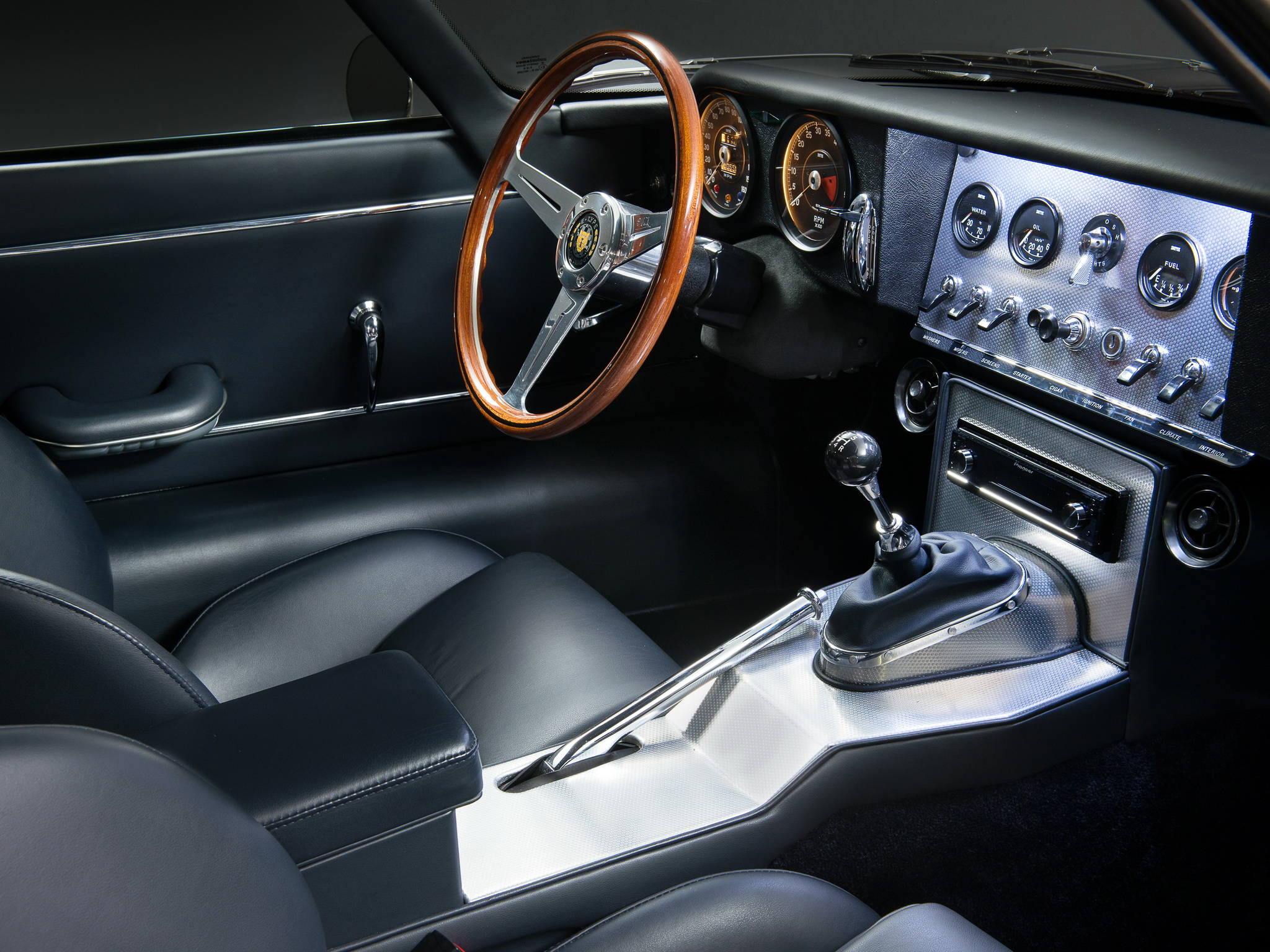 The cockpit of the Eagle; easily the equal of the original, and arguably an improvement. (Picture courtesy of wallpaperup.com)
