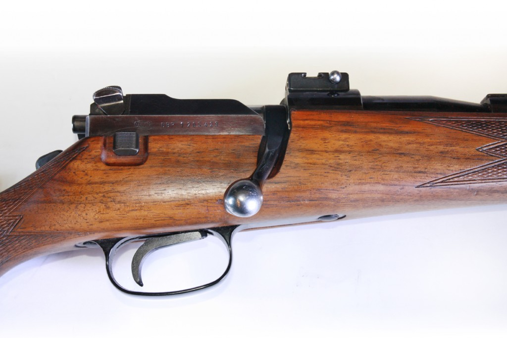 The optional single set trigger on the Mauser 66. The button on the tang that looks like a tang safety is in fact the push button to set the trigger. The button is pushed forwards as one does with a tang safety. The actual safety catch on the mauser 66 is on the rear of the bolt assembly. (Picture courtesy of serbaldeloscazadores.com)