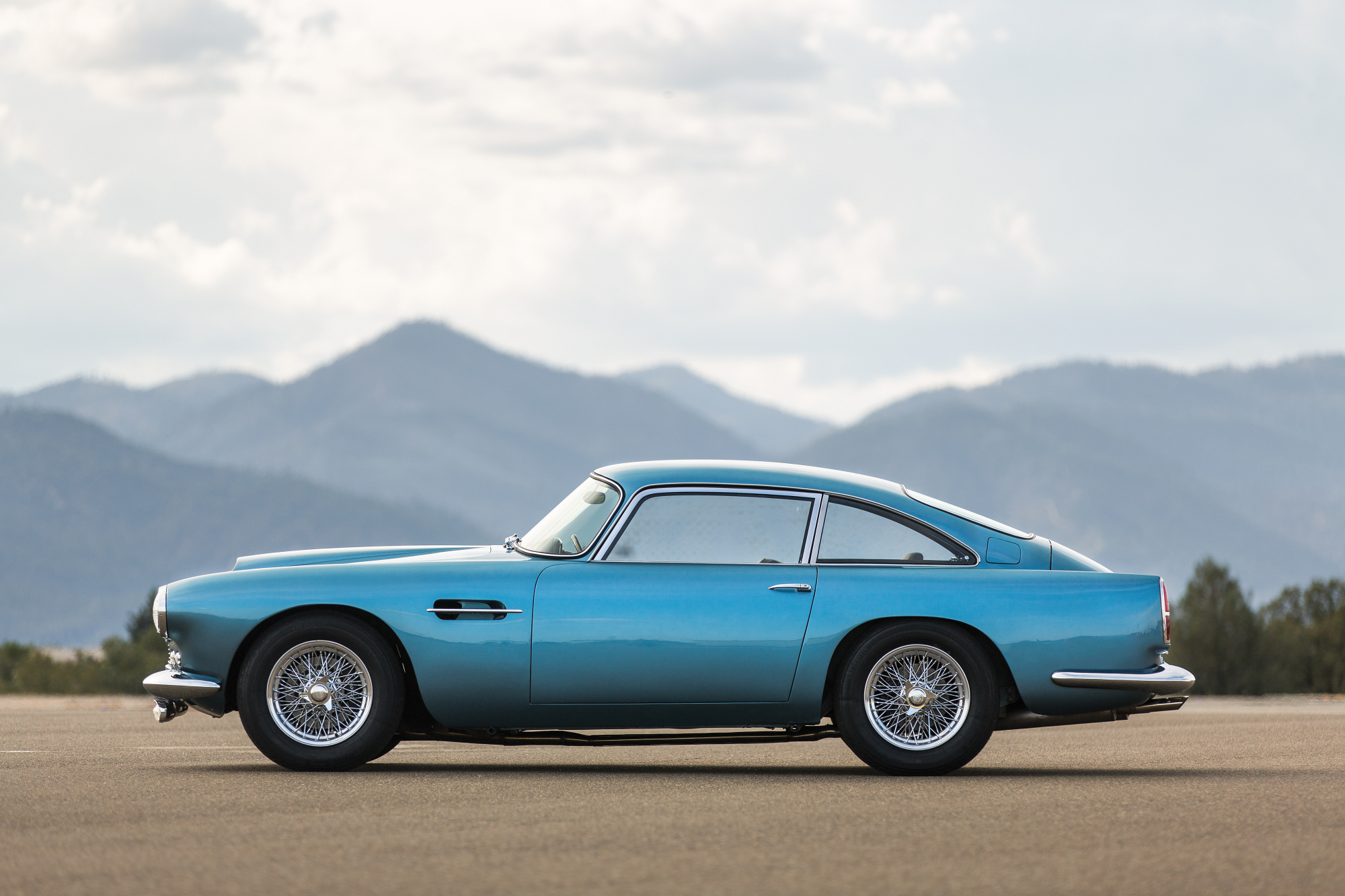 1961 Aston Martin DB4-MO15_r156_005