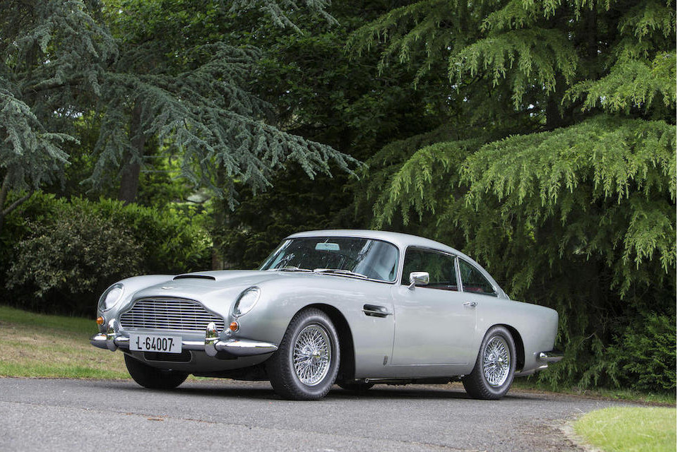 1964 Aston Martin DB5 Sports Saloon-12