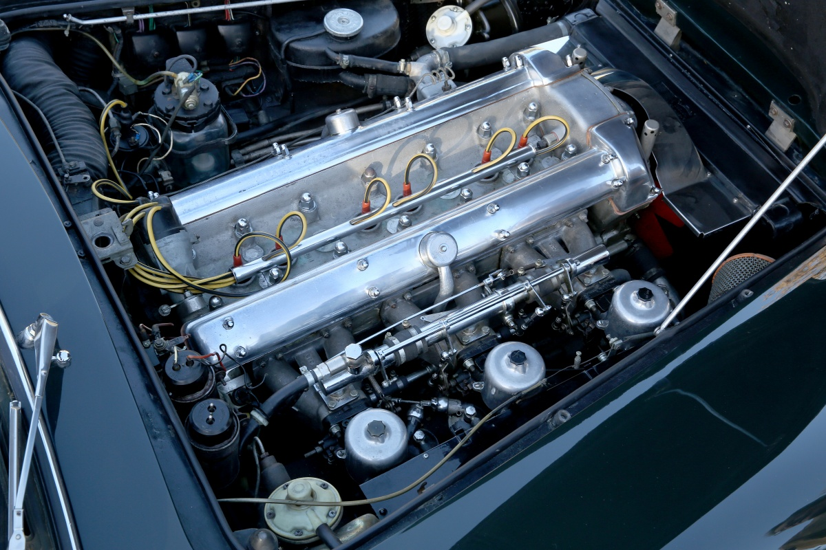 The Aston Martin DB 4 DOHC engine with quintessentially British triple SU carburettors pushed out in excess of 260bhp making the car rather more spirited to drive than a contemporary Bentley or Rolls Royce. (Picture courtesy of classicdriver.com)