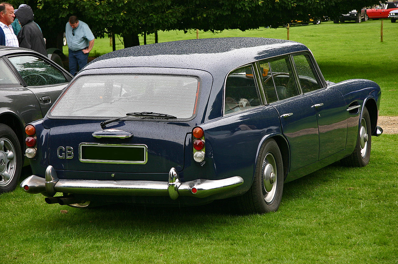 Rear view of the Lagonda Rapide Shooting Brake. (Picture courtesy of Wikipedia)