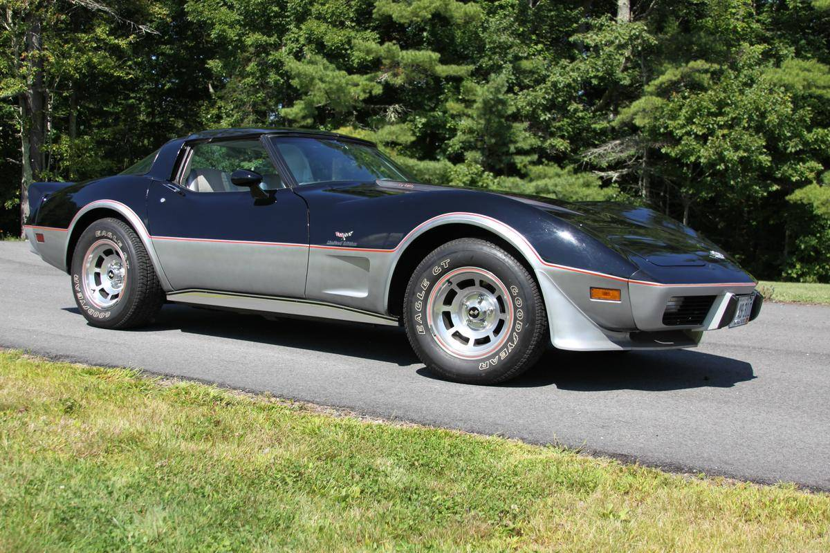 An example of a pristine 1978 Chevrolet Corvette 25th Anniversary Indy 500 replica that is for sale on Hemmings. Asking price for this one is US$34,999.00 (Picture courtesy of Hemmings)