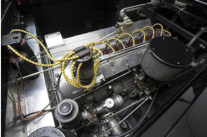 The Bugatti 3257 cc straight-8 DOHC 16v supercharged engine of the Type 101C.