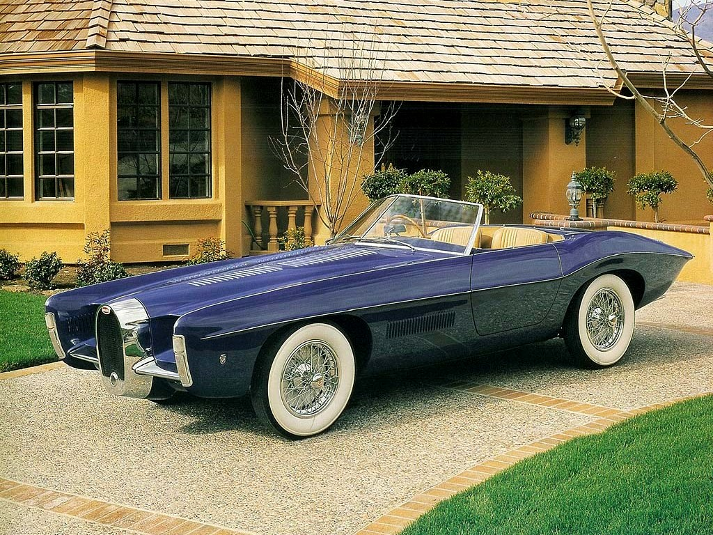 The 1965 Bugatti Type 101C concept car by Ghia and American designer Virgil Exner. (Picture courtesy of oldconceptcars.com),