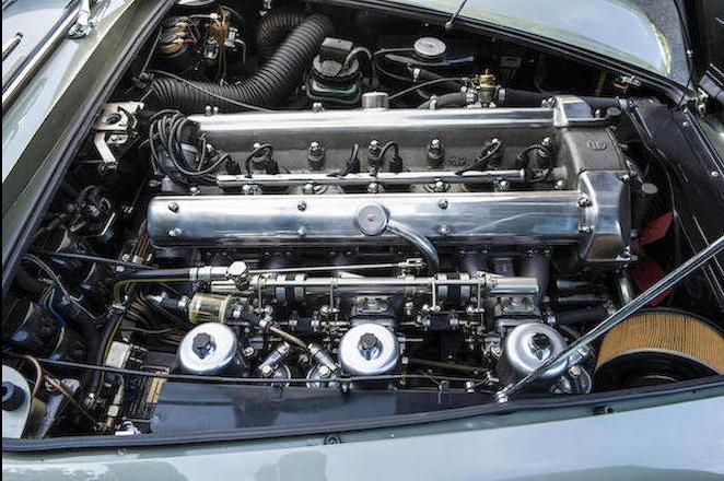 1965 Aston Martin DB5 Convertible 4