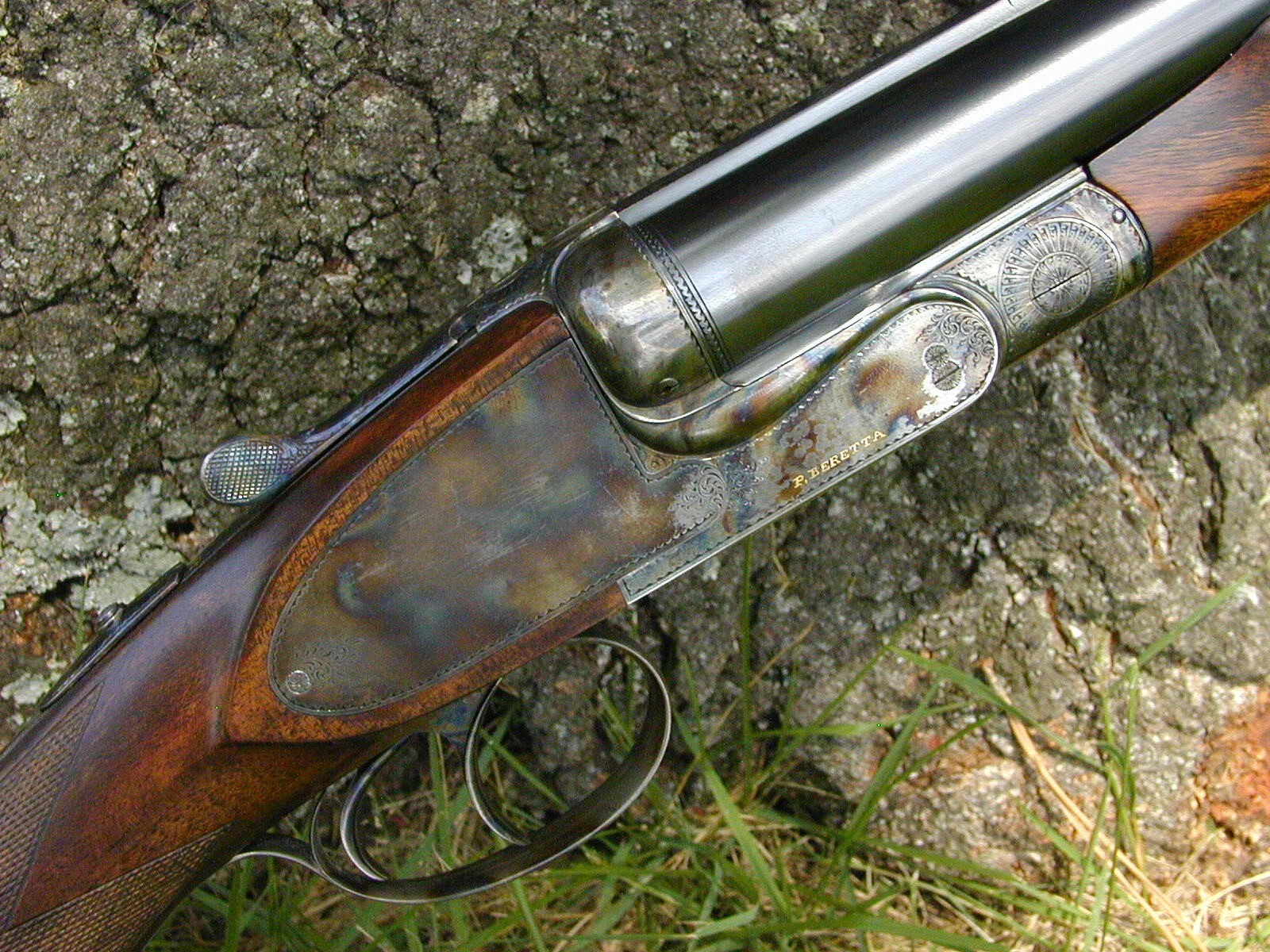 A tastefully plain finished Beretta 455 double rifle in 470 Nitro Express. This rifle was listed on drake.net just over a decade ago for US$29,500.00. (Picture courtesy of drake.net).