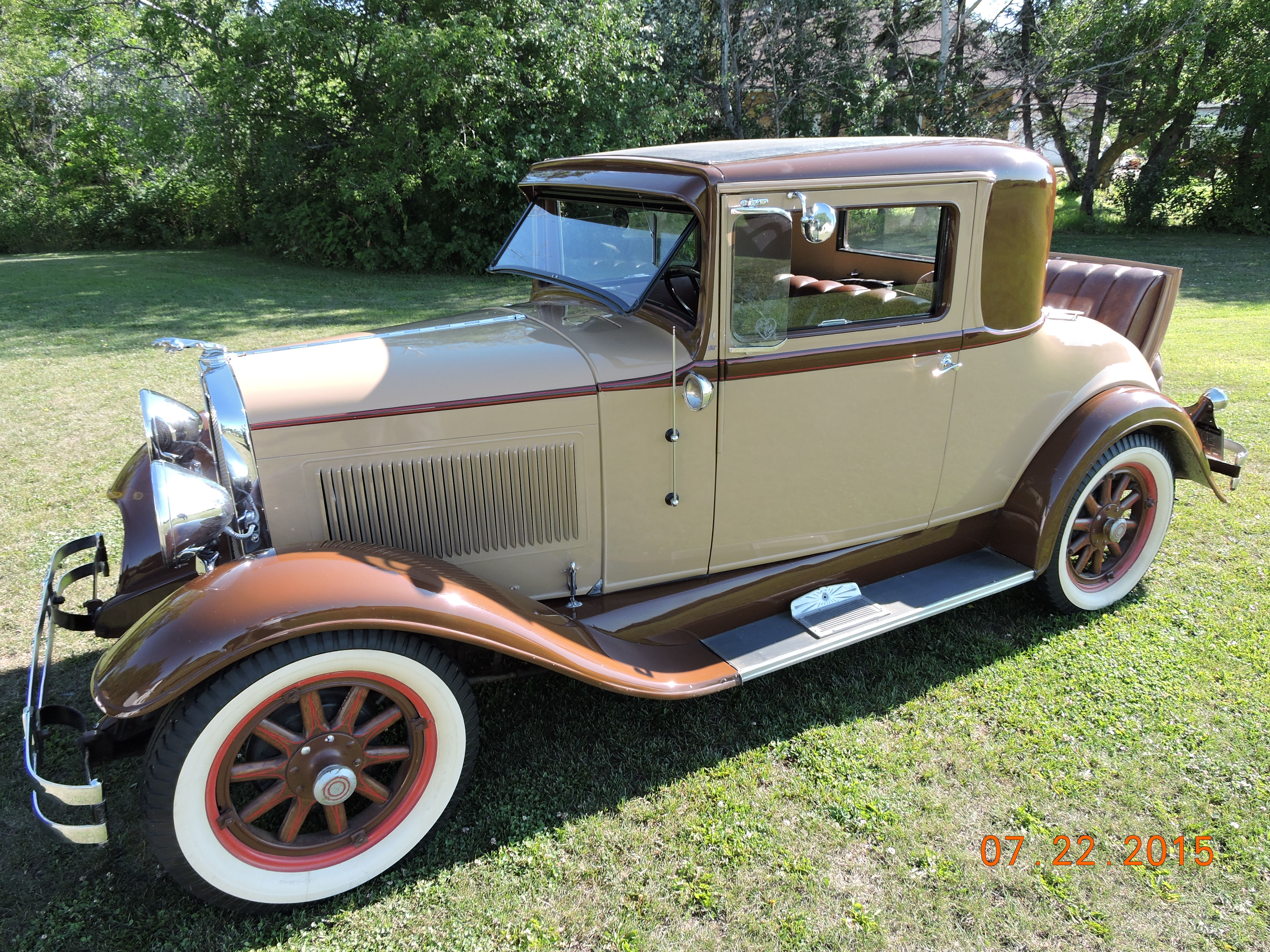 An example of a fully restored 1932 Essex Super Six, this being the two seater with rumble seat body style. (Picture courtesy jimsclassiccorner.com)