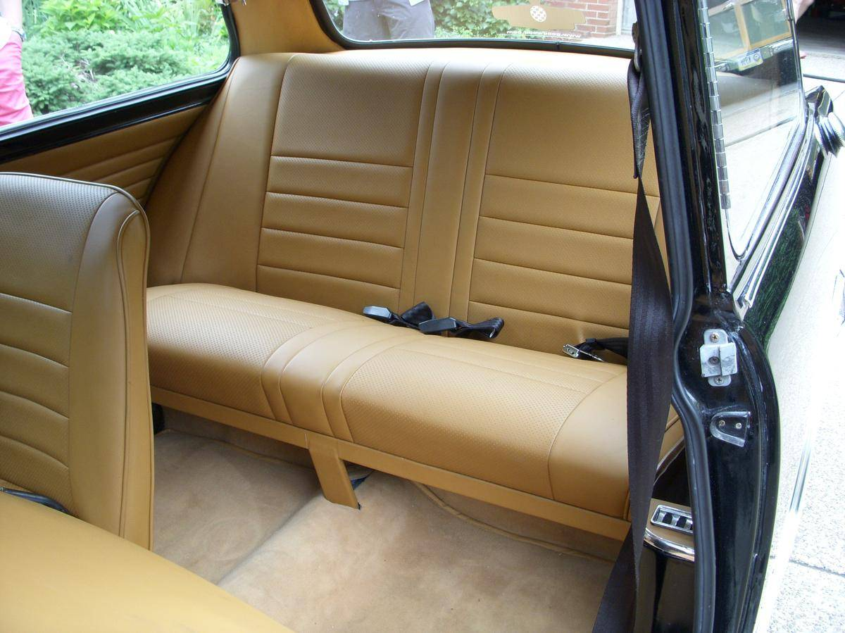 Leather interior trim of the Riley Elf is simple but tasteful. (Picture courtesy Hemmings).