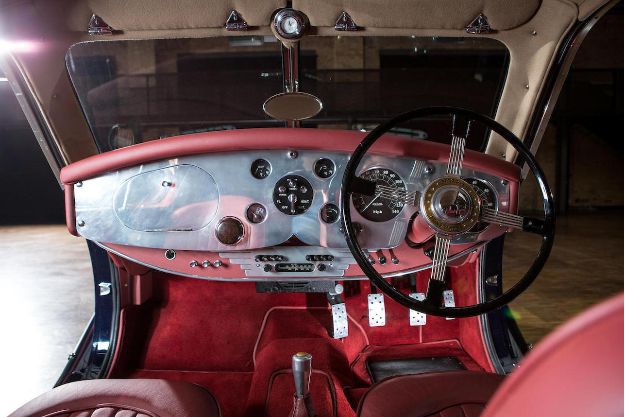 Dashboard is restrained and evokes the style of the great cars of the thirties.
