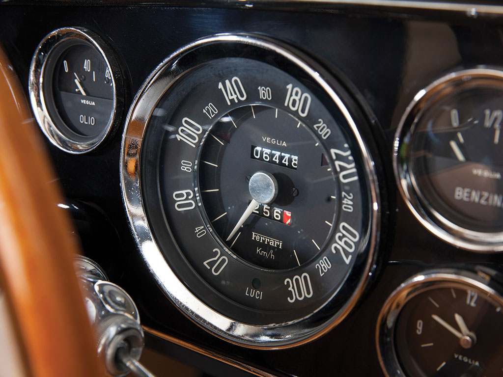 Instrumentation is classic Veglia with the chrome bezels that were near ubiquitous on classic cars of this period. (Picture courtesy RM Sotherby's).