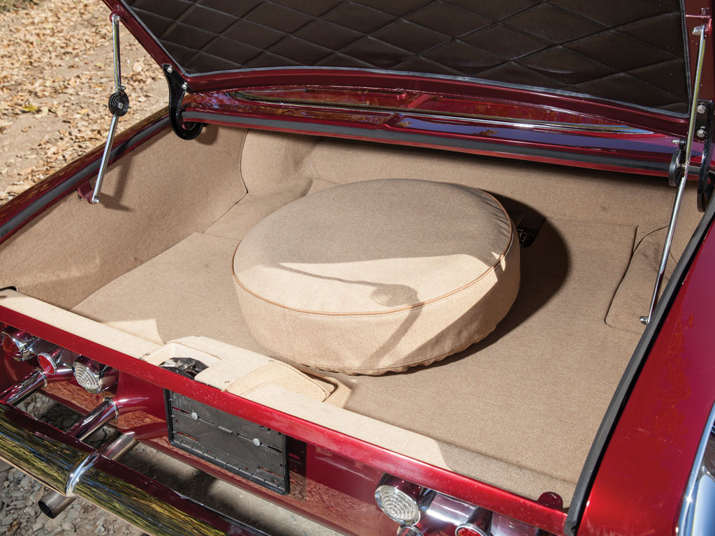 Trunk is American car size and has been nicely re-finished. (Picture courtesy RM Sotherbys).