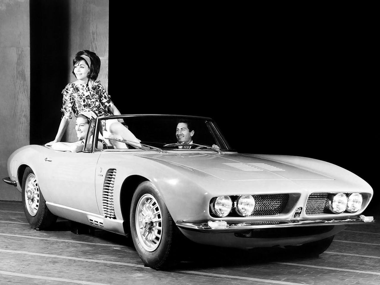 The Iso Grifo A3/L was aimed at a quite different type of buyer than Bizzarini's Iso Grifo A3 Competizione. (Picture courtesy carstyling.ru).