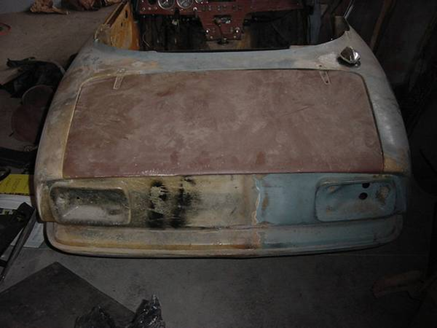 Visual inspection of the sale car is recommended by the vendor prior to purchase. (Picture courtesy Craigslist).