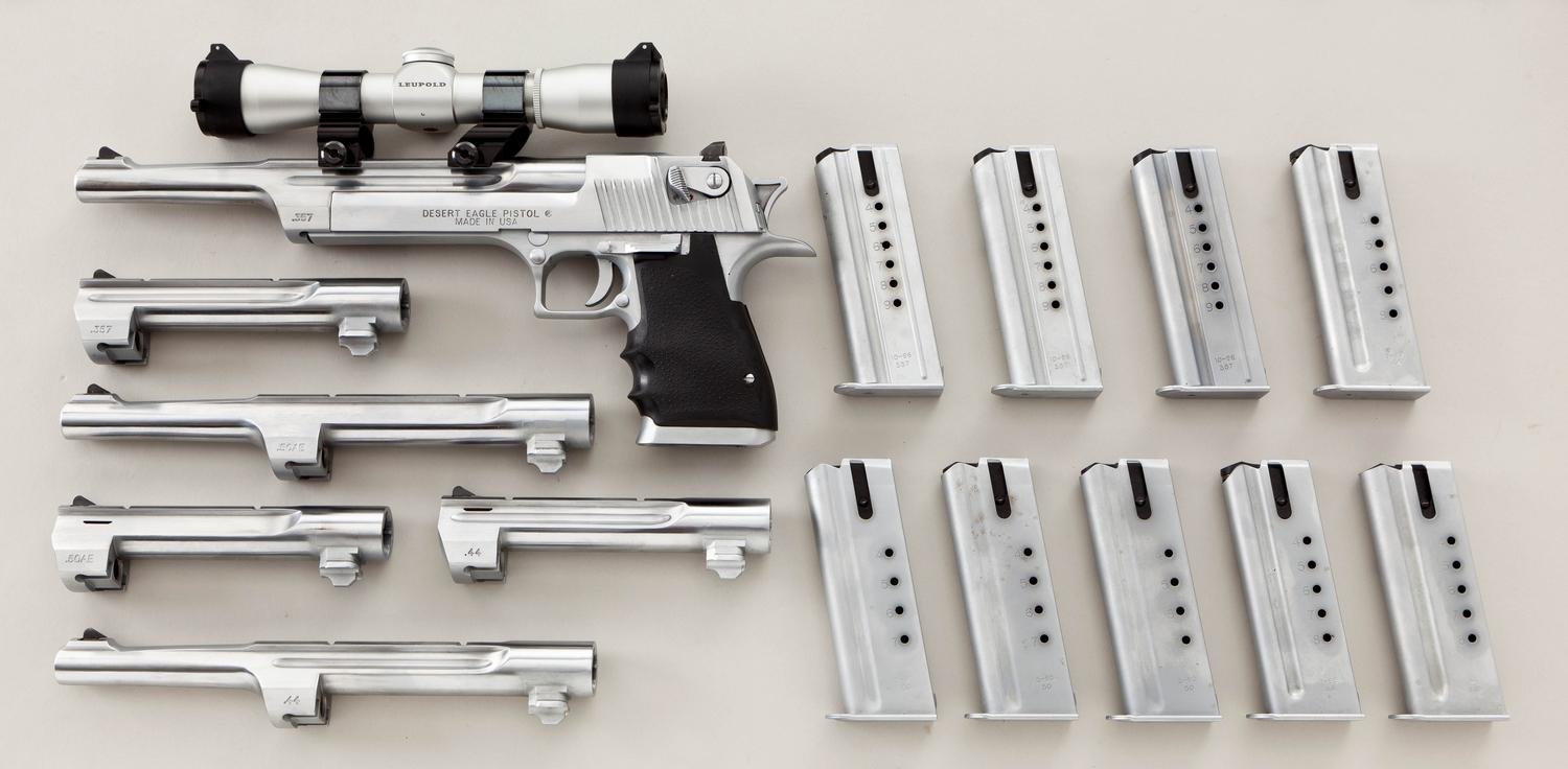 This Desert Eagle rig that was up for sale on icollector.com gives an idea of the flexibility of the Desert Eagle. This kit includes .357 Magnum, .44 Remington Magnum and .50AE in various barrel lengths. (Picture courtesy icollector.com).