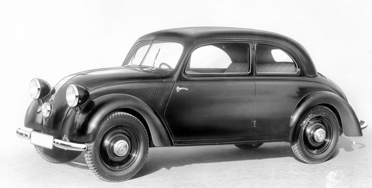 The Mercedes-Benz 170H bears more than a passing resemblence to Dr. Porsche's Volkswagen. Ferdinand Porsche had been chief engineer for Daimler-Benz from 1923-1928. The Mercedes-Benz rear engined cars reflect influences by the design work of Hans Ledwinka and Ferdinand Porsche.