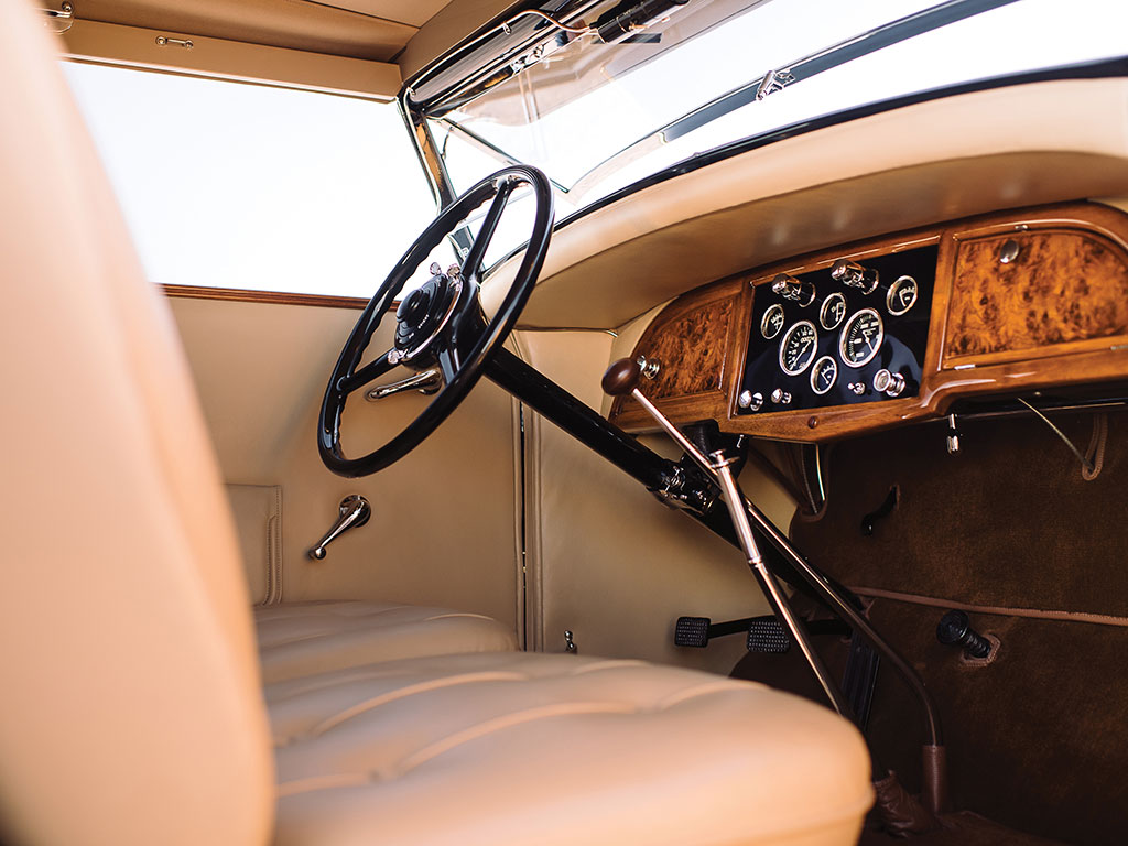 The interior of the Stutz DV-32 Victoria is an expression of opulent quality and aesthetic restraint. (Picture courtesy RM Sotherby's).