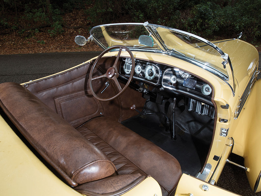 The cockpit of the Auburn Speedster is Art Deco in the most tasteful way. (Picture courtesy RM Sotherby's).
