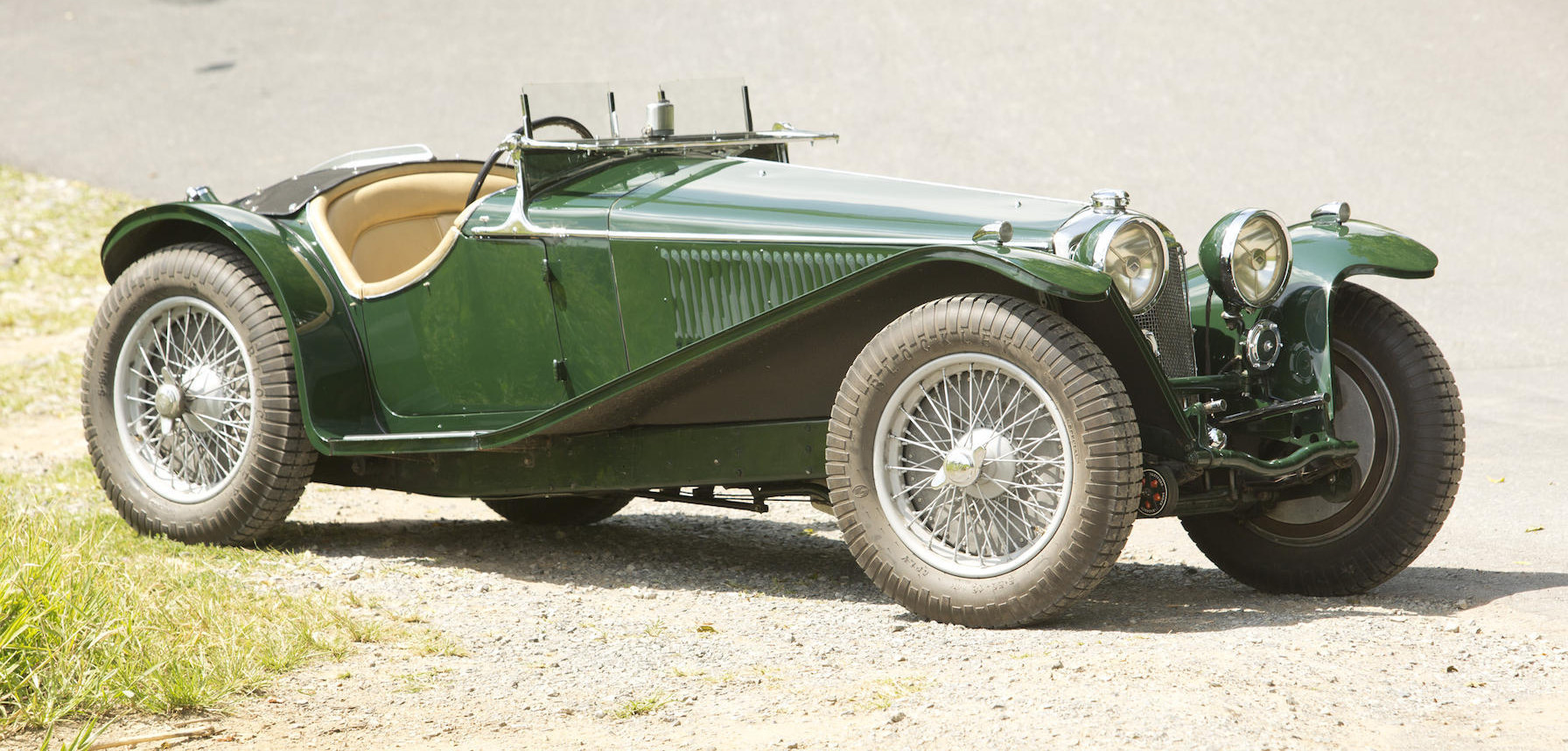 The chassis passes under the rear axle as can be seen in this picture. (Picture courtesy Bonhams).