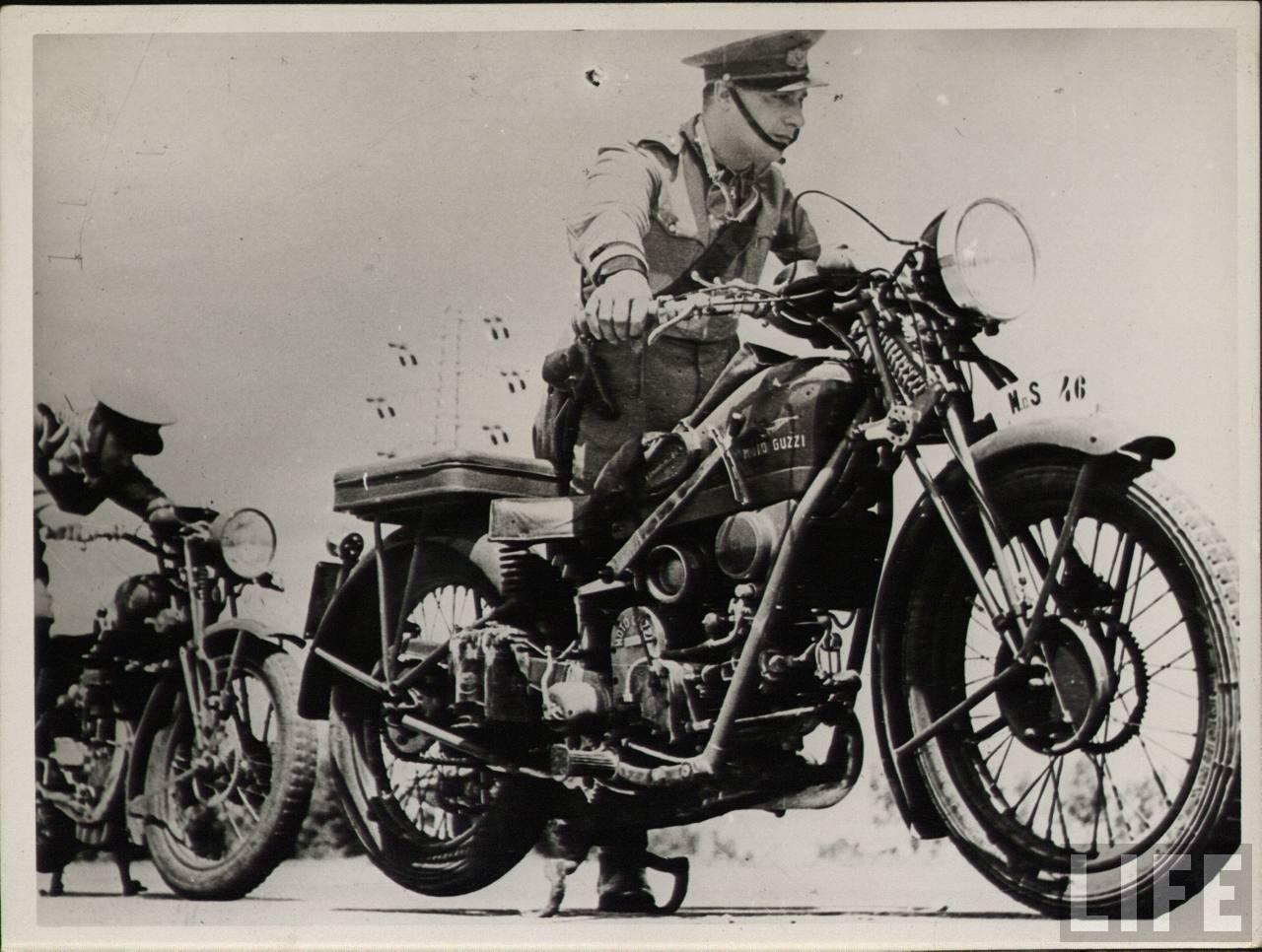 Moto Guzzi Superalce in military use. (Picture courtesy Life and militariforum.com).