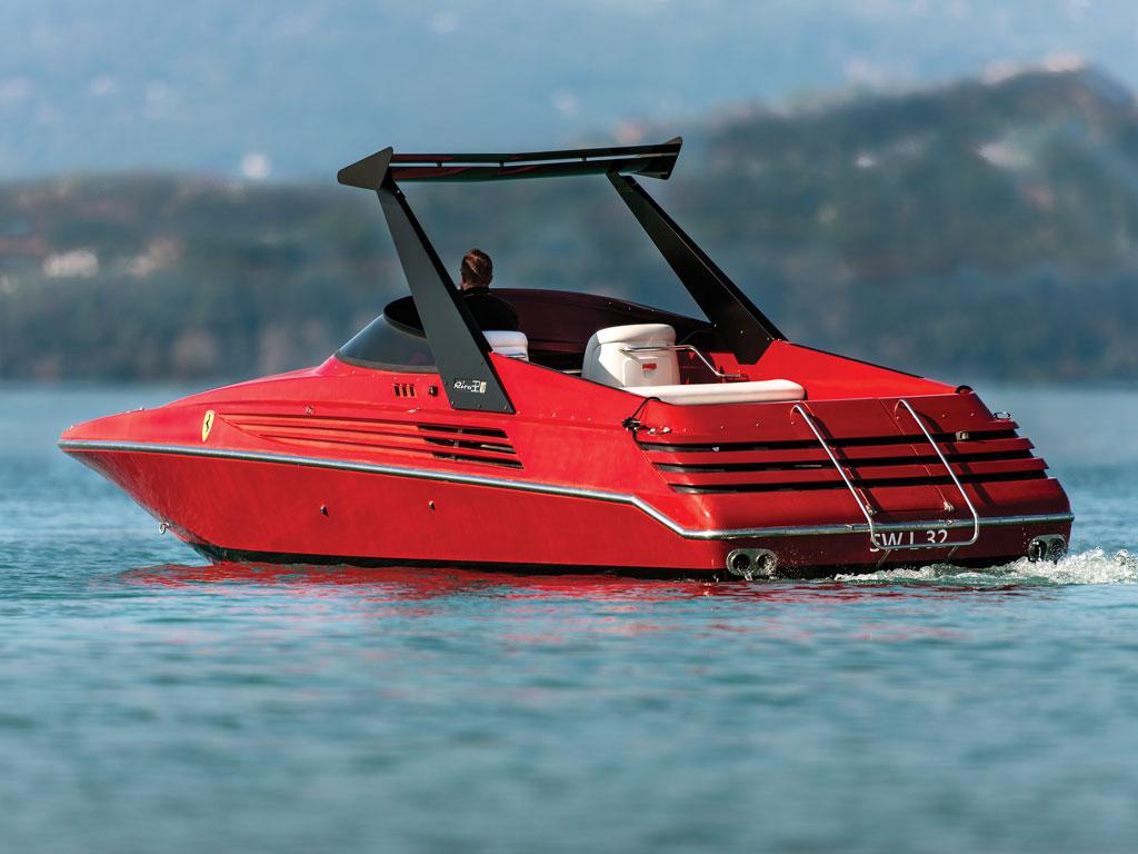Riva Ferrari 32_002