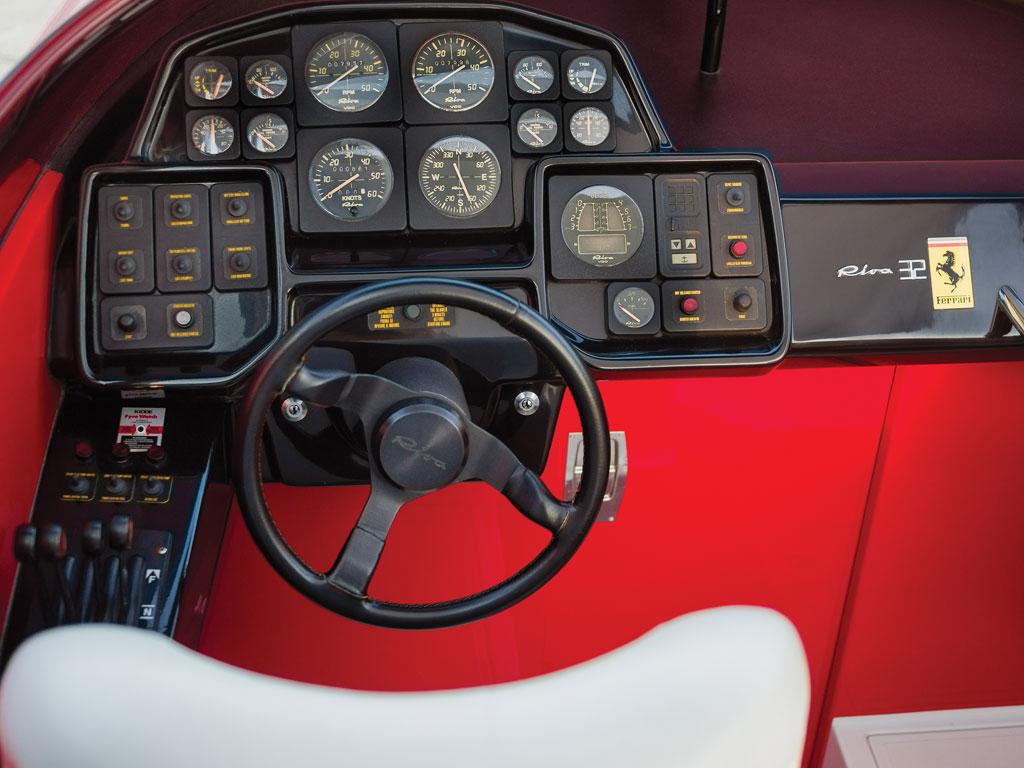 Riva Ferrari 32_004