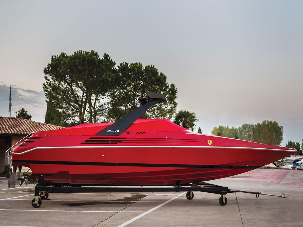 Riva Ferrari 32_019