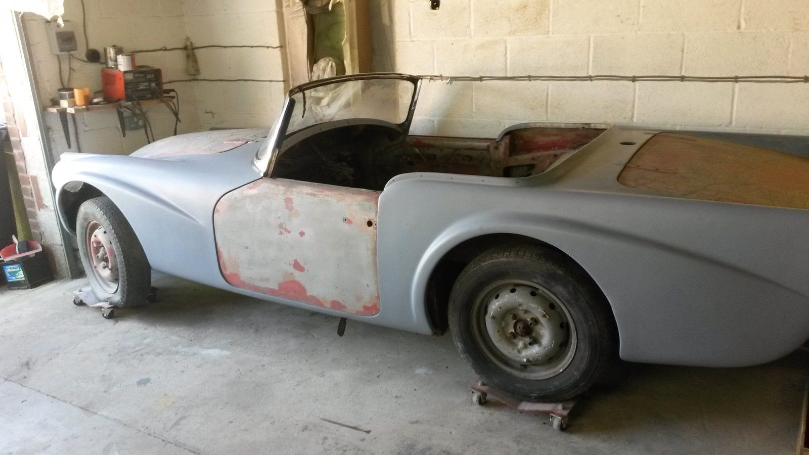 With its fibreglass body this is a very do-able restoration project. (Picture courtesy eBay).