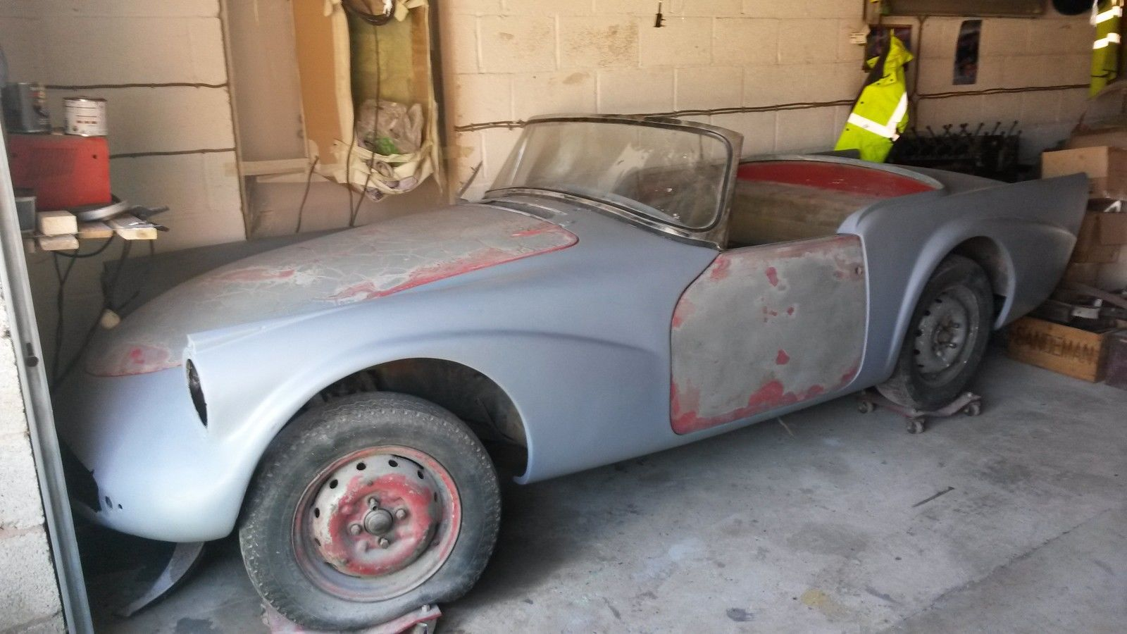 Daimler SP250 Dart Project - Revivaler