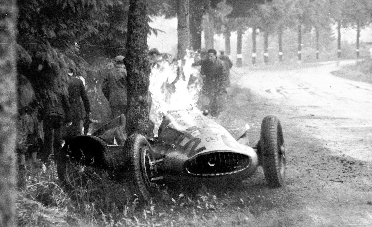 Dick Seaman's Mercedes-Benz at Clubhouse corner, Spa, June 25th 1939.