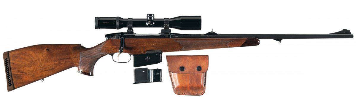 The Steyr-Mannlicher Luxus was available with an extended magazine and the standard magazine as seen on this example from icollector.com. (Picture courtesy icollector.com). (Note this is not the sale rifle).