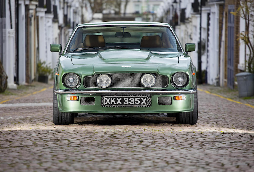 This has been an actively used Aston Martin V8, it is a driver's car.