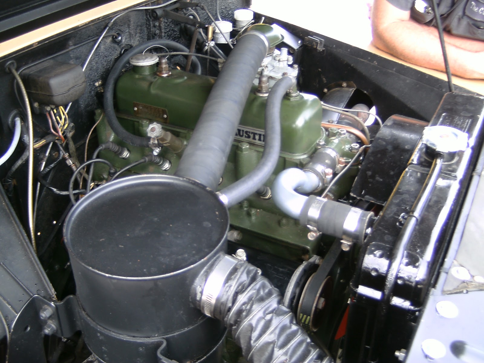 The 2,199cc Austin engine in a nicely restored Austin Gipsy. (Picture courtesy hooniverse.com).