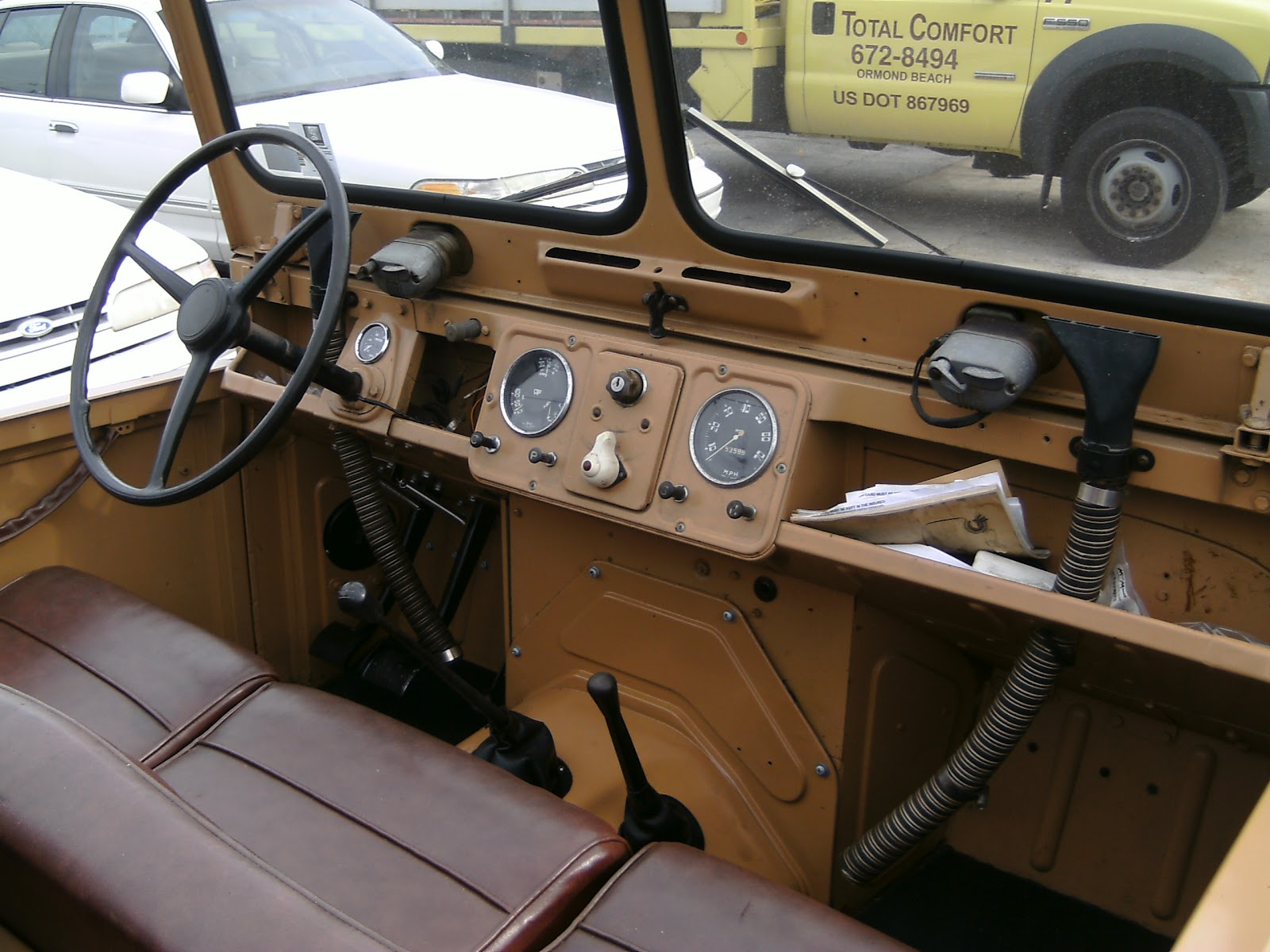Interior of a restored Austin Gipsy. (Picture courtesy hooniverse.com).