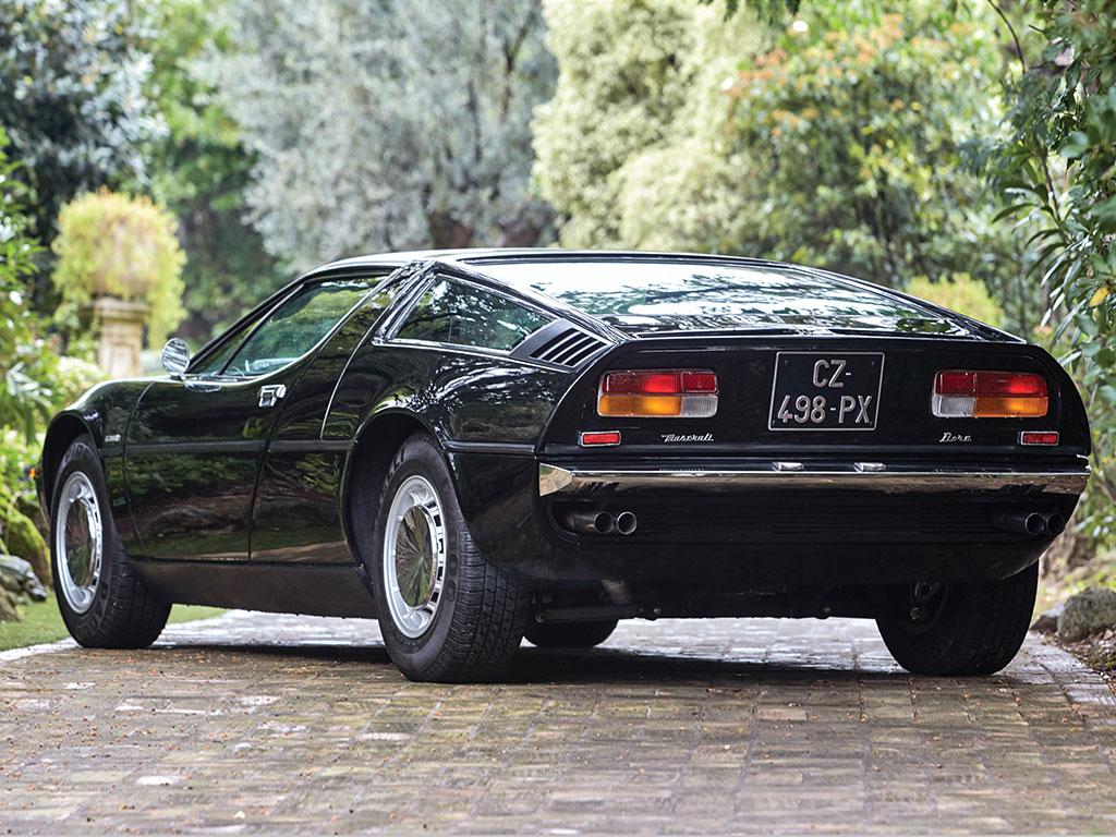 The Maserati Bora was the first Maserati to have fully independent front and rear suspension.