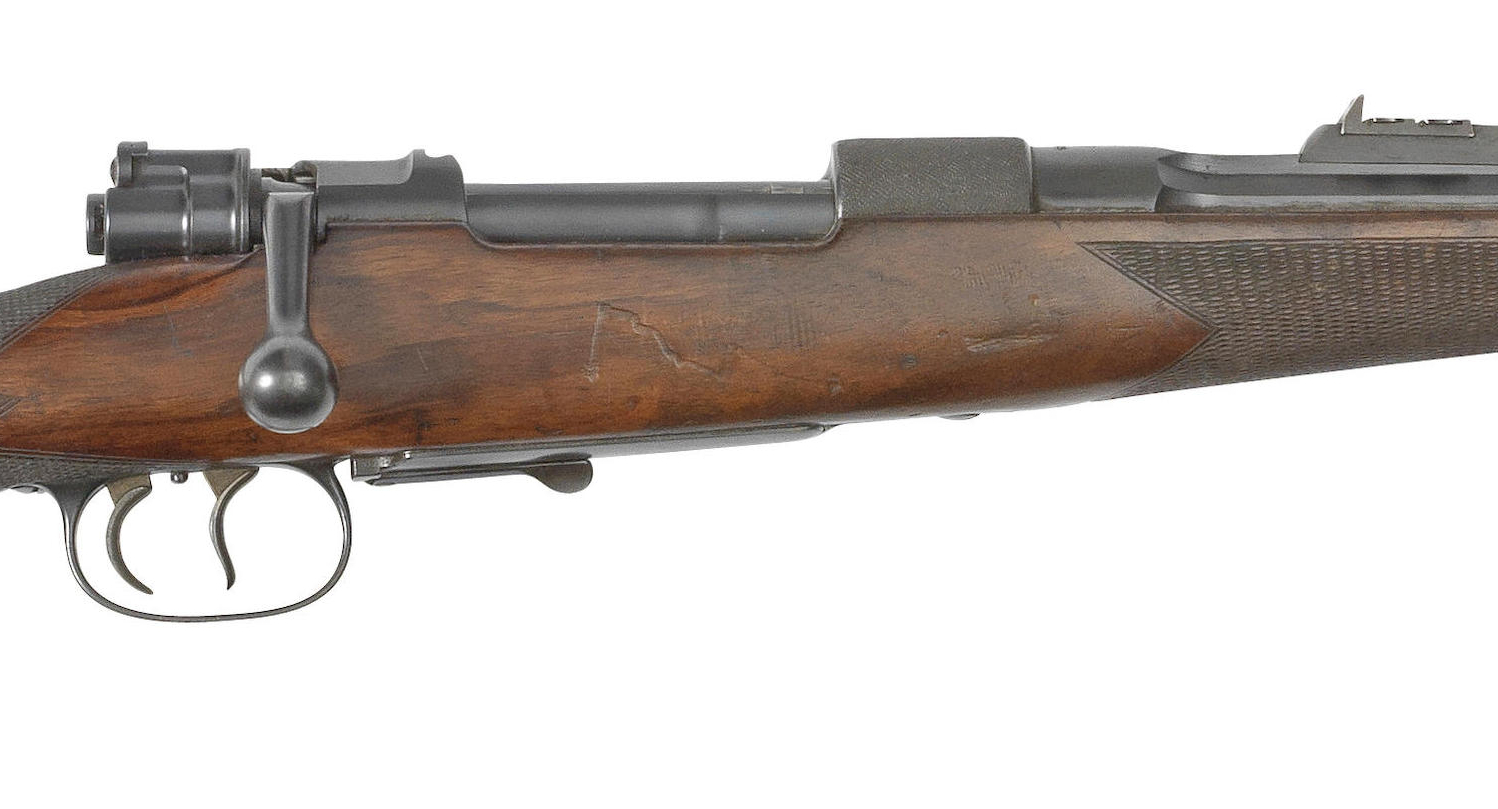 The 9x57mm Mauser rifle for sale by Bonhams features an express rib with three folding leaf rear sight blades and an octagonal barrel. (Picture courtesy Bonhams).