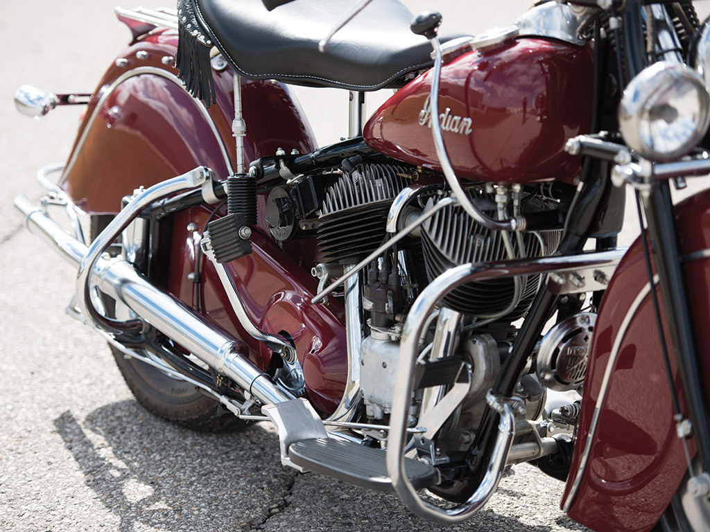 This Indian Chief Roadmaster has the standard gear shift linkage. As an extra cost option Indian also provided a gear shift lever that connected directly to the top of the gearbox for more positive control.