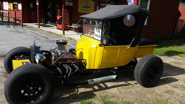 1926 Ford T Bucket, Corvette 350 375 H.P engine, Mustang front end, Automatic transmission and Leather top.