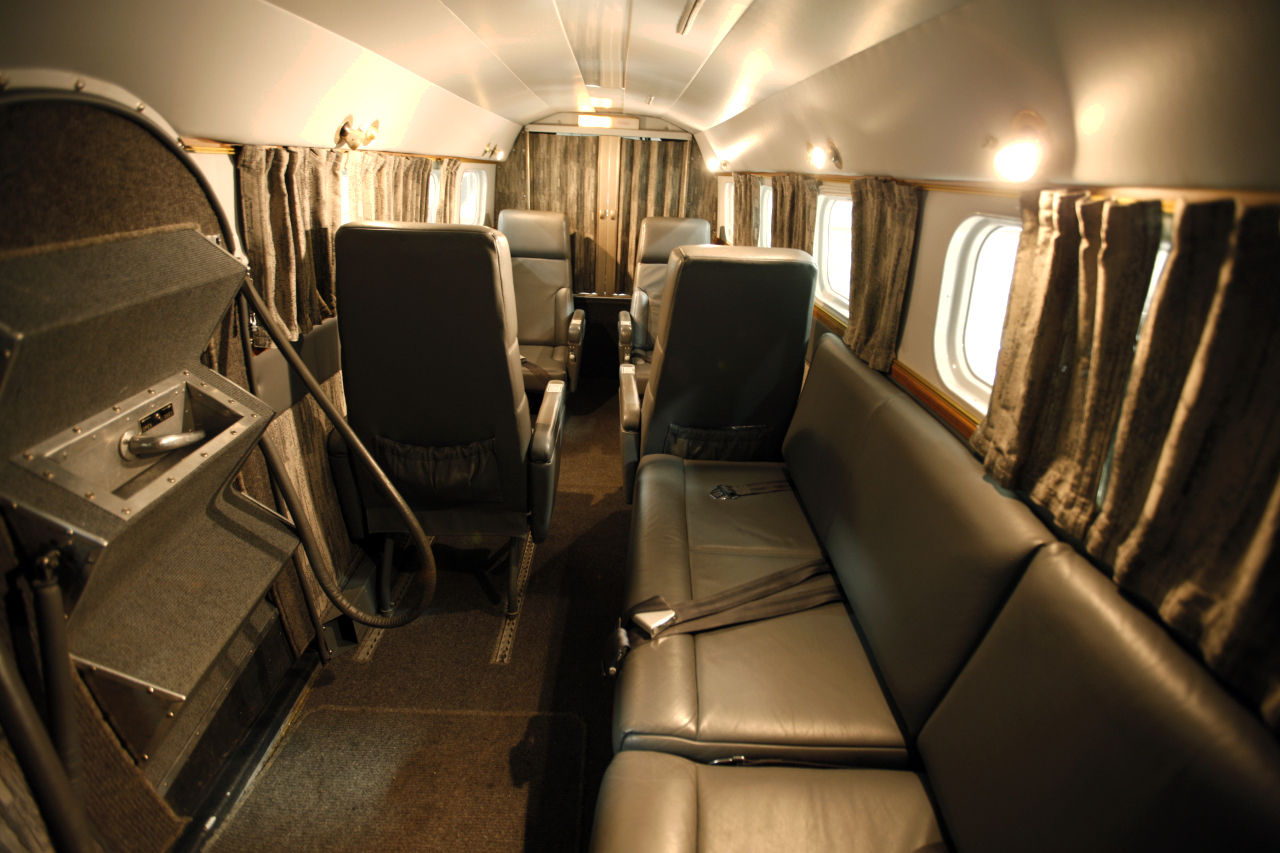 Additional seating behind the four main seats allow the aircraft to carry nine. (Picture courtesy Trade-A-Plane).