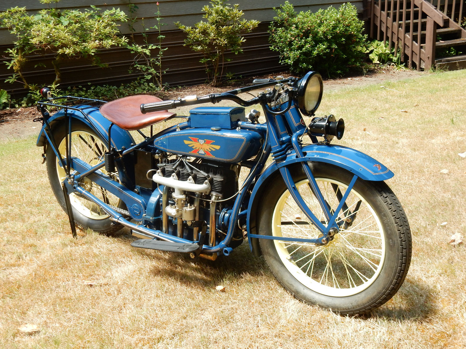 This 1926 Henderson looks very similar to its 1922 sibling. (Picture courtesy eBay).