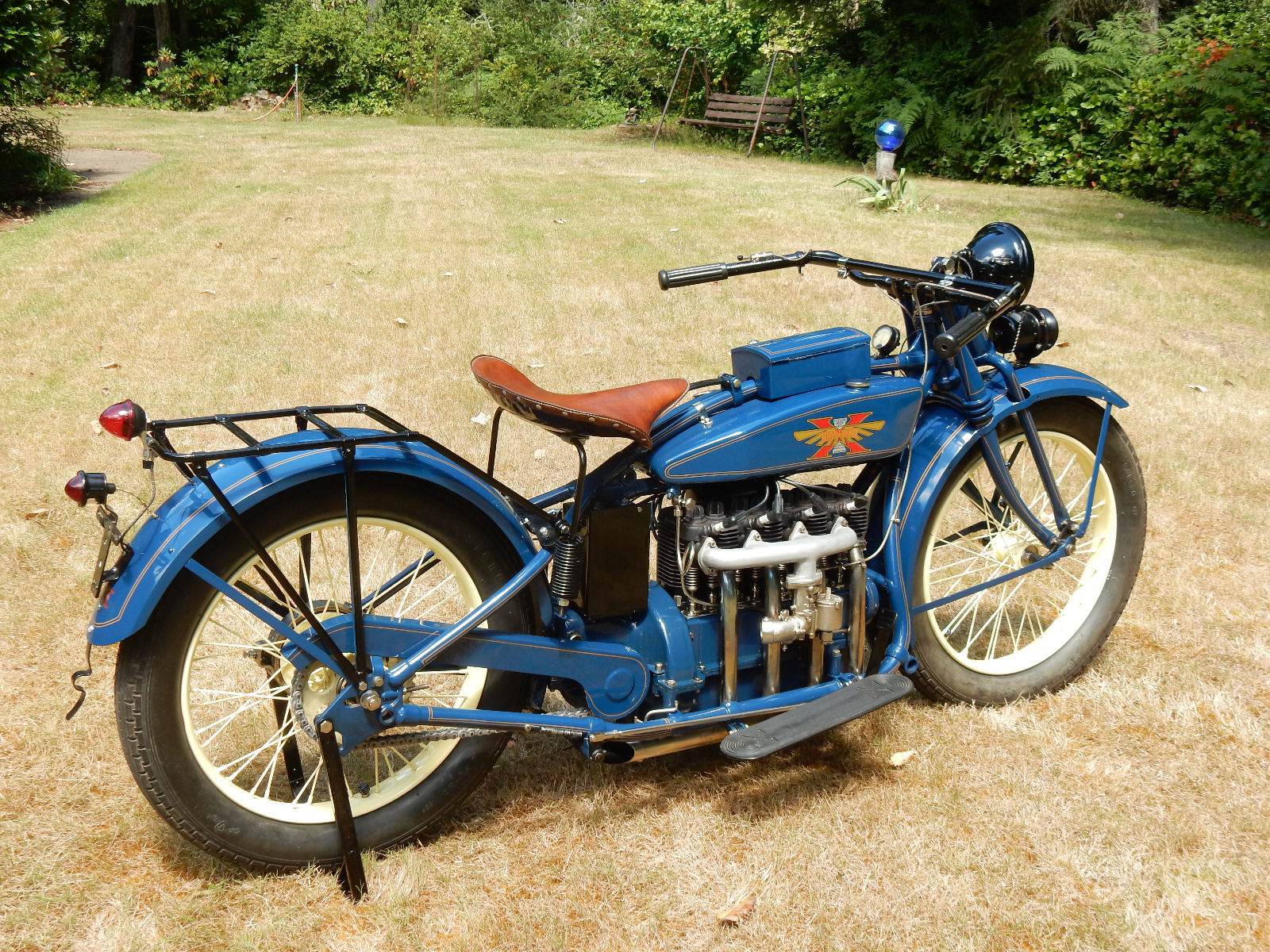 With its in-line four cylinder engine the Henderson must have been an impressive looking motorcycle back in the twenties. (Picture courtesy eBay).
